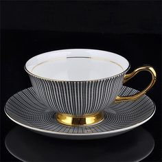 Noble Luxury Bone China Coffee Tea Cup And Saucer Spoon Set Ceramic Mug 200ml Advanced Porcelain Tray For Gift Cafe Party