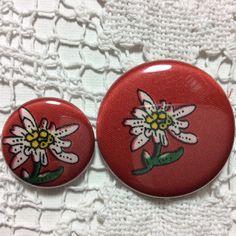 Button Buttonset Bergblume von FrGolligotschi auf Etsy