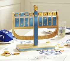 10 Kid-Friendly Flameless Menorahs - fun and safe!