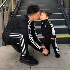 """291.8k Likes, 3,185 Comments - Elle Lively McBroom (@elle) on Instagram: """"Matching my daddy today """""""