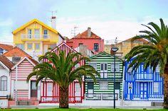 A praia da Costa Nova do Prado, também conhecida apenas por Costa Nova, situa-se…