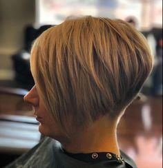 Bob Hairstyles For Thick, Short Bob Haircuts, Cool Hairstyles, Haircut Bob, Hairstyle Ideas, Hair Ideas, Really Short Hair, Short Hair Cuts, Short Hair Styles