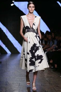 Donna Karan RTW Spring 2015 - Slideshow - Runway, Fashion Week, Fashion Shows, Reviews and Fashion Images - WWD.com