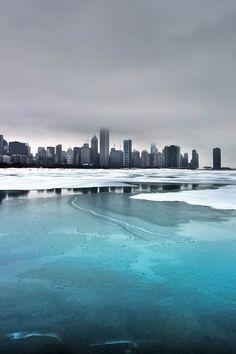 Winter skyline (Chicago in Winter, Day 24).