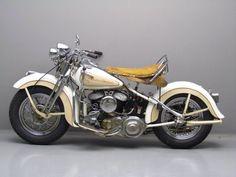 Harley Davidson 1942 42WLC 750 cc #harleydavidsonsportstergirls #harleydavidsongirlsdreams