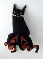 Part cat, part Octopus. It's an Octopuss! Despite having 8 legs, all this Octopuss cares to do is nap in the sun.
