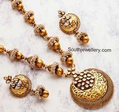 antique pearls necklace