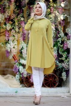 Hijab shirt - All About Modest Fashion Hijab, Frock Fashion, Pakistani Fashion Casual, Pakistani Dresses Casual, Indian Fashion Dresses, Fashion Outfits, Stylish Dress Designs, Stylish Dresses, Moda Hijab