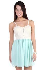 crochet lace corset casual dress with chiffon skirt Grad Dresses, Modest Dresses, Cute Dresses, Casual Dresses, Fashion Dresses, Cute Outfits, Dresses With Sleeves, Summer Dresses, Cute Fashion