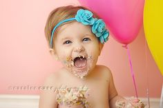 love the cake and balloons
