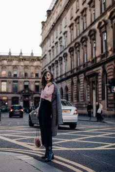 fashion editorial 5 Tipps for Glasgow European Street Style, Nyc Street Style, Rihanna Street Style, Model Street Style, Street Styles, Blogger Poses Photography, Fashion Photography Poses, Fashion Photography Inspiration, Photography Challenge