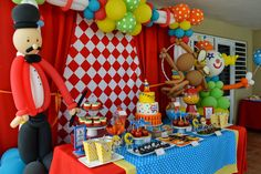 Partylicious: {Carnival Birthday}