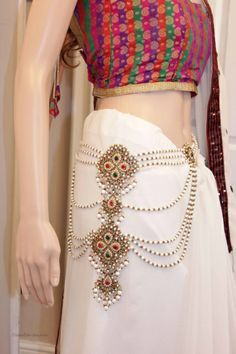 Accentuate your with these   Pakistani Fashion Casual, Bollywood Fashion, Asian Fashion, Indian Look, Indian Wear, Saree With Belt, Saree Belt, Waist Jewelry, Body Jewelry
