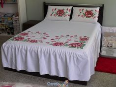 1 million+ Stunning Free Images to Use Anywhere Bed Sheet Painting Design, Fabric Painting, Bed Sheet Curtains, Bed Sheets, Bed Covers, Pillow Covers, Fabric Paint Shirt, Bed Cover Design, Embroidery Fabric