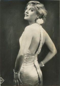 cecilia-in-cairo: Anna Sten, c. 1930s - Lisa Mackenzie Photography Graded Unit Research