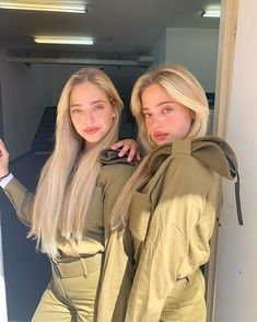 📷 Photo by Beauty will save the World # Israel # Jerusalem # Jerusalem # Telaviv # Tel Aviv. Idf Women, Military Women, Israeli Girls, Military Girl, Female Soldier, Army Soldier, Girls Uniforms, Sexy Hot Girls, Beautiful Women