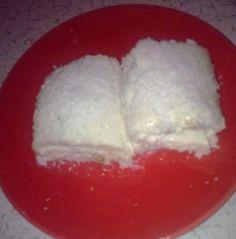 MALZEMELER 1 litre süt 3 kahve fincanı un 3 kahve fincanı şeker 1 paket vanilya içi için 1 paket krem şanti 1 su bardağı s&uu...