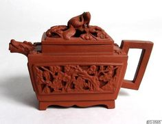 Yixing Ware Teapot  China, Qing Dynasty  Världskultur Museerna