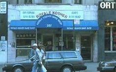 – Grande tempismo, Avi, quello dei danesi era qui un momento fa. – Volevo chiedere, dove ancora in questo quartiere? Torniamo in città, e anche il Royale sulla 72ma è andato.