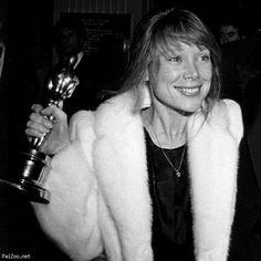 "2/03/2014 11:33pm The Academy Awards Ceremonies 1981: Best Actress Oscar Winner Sissy Spacek for the film ""Coal Miner's Daughter"" 1980."