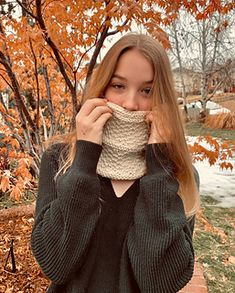 Ravelry: That easy Guernsey cowl pattern by La boutique de Jeanne. Beautiful knitting pattern : textured and simple. Ideal for quick gifts.