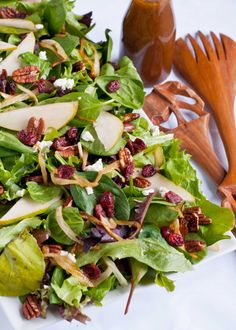 Caramelized Onion, Pear, and Goat Cheese Salad with Maple Vinaigrette [thanksgiving]
