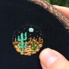 🌵This Arizona nightscape is just a little bit bigger than my nail! It's going to be a bracelet for a special order 🌵// Thanks so much for the orders and support last week! I'll ship some of them...