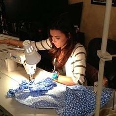 Eva Langoria knows her way around a machine! Celebrities caught sewing | Quilting! Sewing! Creating!