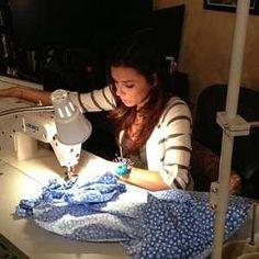 Eva Langoria knows her way around a machine! Celebrities caught sewing | Quilting! Sewing! Creating!