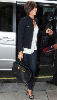 Frankie Sandford - Blue blazer, white oversized shirt, skinnies