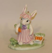 Lenox Porcelain Easter Figurine Bunny Harvest Rabbit Carrots