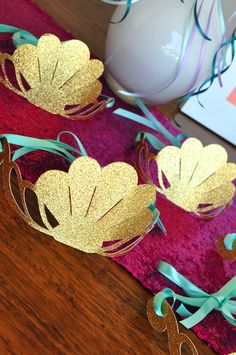 How cute are these mermaid crowns? They would make the best party favors for girl's at my little one's birthday! Little Mermaid Birthday, Little Mermaid Parties, Girl Birthday, Mermaid Party Favors, 6th Birthday Parties, Birthday Ideas, Mermaid Costumes For Girls, Birthdays, Mermaids