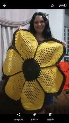 New crochet patterns for women ponchos stitches 45 ideas Crochet Sunflower, Crochet Mandala, Filet Crochet, Crochet Motif, Crochet Doilies, Crochet Flowers, Crochet Granny, Crochet Baby Hats, Crochet Slippers