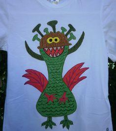 Camiseta monstruo I. 10€. Si quieres cambiar algún detalle o añadir detalles nuevos, escríbenos a nohay2iguales@nohay2iguales.com y lo vemos.