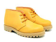 Tienda online de calzado infantil Okaaspain. Bota de piel con velcro tipo Panama. Calidad al mejor precio hecho en España.