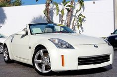 Nissan : 350Z CONVERTIBLE.. I believe I may get me one before I start having children!