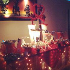 Mesa de dulces, servicios adicionales contrata ya apartando tu fecha con mil pesos ventasaloncisne@gmail.com