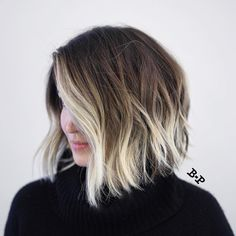 Angled Wavy Brown Bob With Blonde Balayage hair 2020 30 Short Ombre Hair Options for Your Cropped Locks in 2020 Blonde Ombre Short Hair, Cabelo Ombre Hair, Short Ombre, Balayage Hair Blonde, Ombre Hair Color, Short Hombre Hair, Ombre Hair Bob, Baylage Short Hair, Blonde Tips