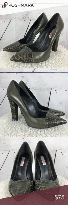 Italian leather alligator print block heels Italian leather Spaziomoda - Bologna - green leather with alligator like print, very stylish and classy looking, worn twice, get lots of compliments on these! Since the are Italian, they run small, must buy a size up. These will fit a 9 Shoes Heels