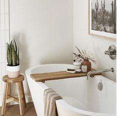 my scandinavian home: A Relaxed Tucson Home In Sun Kissed, Earthy Tones - Bad - Bathroom Decor Earthy Bathroom, Boho Bathroom, Modern Bathroom, Bathroom Ideas, Shower Ideas, Tucson, Decoration Inspiration, Bathroom Inspiration, Interior Exterior
