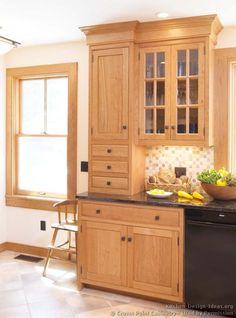 Shaker cherry kitchen black knobs end of run Kitchen Cabinet Door Styles, Shaker Kitchen Cabinets, Craftsman Furniture, Kitchen Furniture, Furniture Projects, Crown Point Cabinetry, Craftsman Style Kitchens, Light Wood Kitchens, Kitchen Pictures