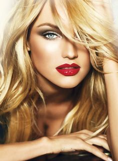 Red lips Smokey Eye not too strong of a smoky eye, looks nice bt to rock it up you can go for a darker smoky eye with browns and blacks