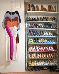Love the cascading hangers on a chain to save space!