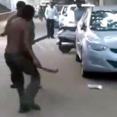 Bullied man taking two on one beating returns with machete