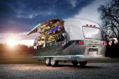Apollo 70 Airstream : Le bar ambulant le plus cool au monde