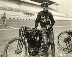 15 Fascinating Vintage Photographs of Motorcycle Riders Posing in Their Cool Harley-Davidson Racing Jerseys from the 1920s and 1930s