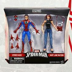 This week has been a bit of a snooze-fest as far as Hasbro Marvel Legends news goes, but just in time to close out the week, we've got our very first look at the final packaged exclusive two-pack coming to Toys R Us stores this spring: it's the 2017 Marvel Legends Mary Jane Watson and All-New All-Different Spider-Man figures box set!