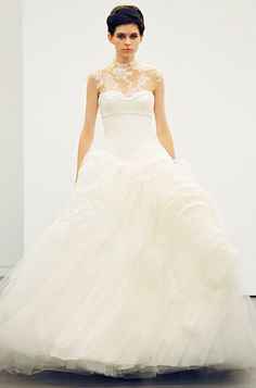 Vera Wang Wedding Dress 2013. I love!!!