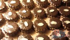 Brabantské čokoládové vánoční cukroví Christmas Candy, Nutella, Sweet Tooth, Muffin, Food And Drink, Cookies, Chocolate, Breakfast, Decor