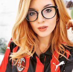 🔴⚫ - - - Send me your 📸 photo in a club t-shirt Direct 📩 - - -… Hot Fan, Soccer Fans, Nike Football, Ac Milan, Beautiful Women, Female, Model, Estate, Instagram